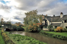 Lockington, Mill Stream and Priest House Hotel ,Derbyshire © Andy Stephenson